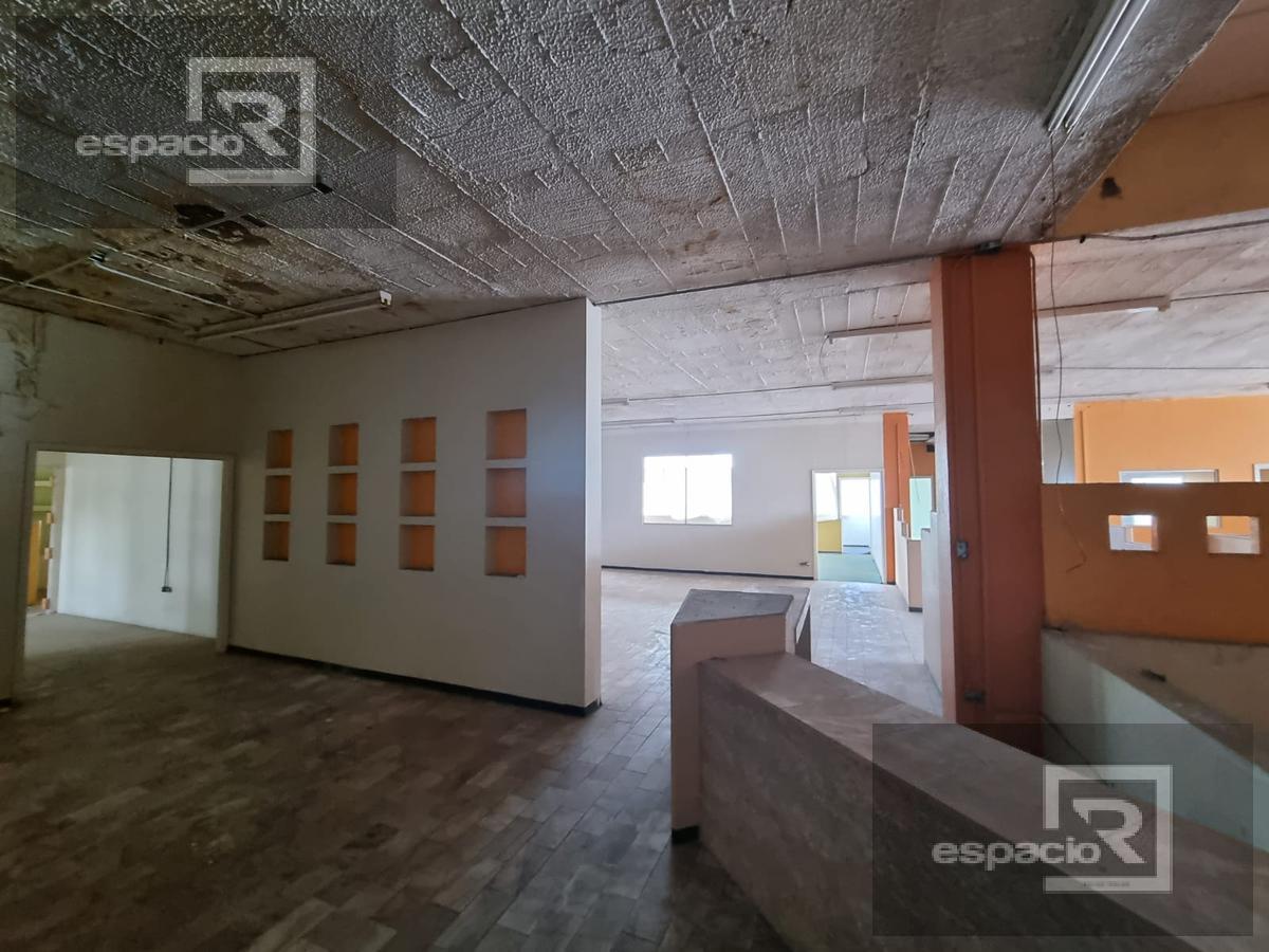Foto Edificio Comercial en Venta | Renta en  Las Granjas,  Chihuahua  EDIFICIO EN VENTA O RENTA SOBRE AVENIDA VALLARTA