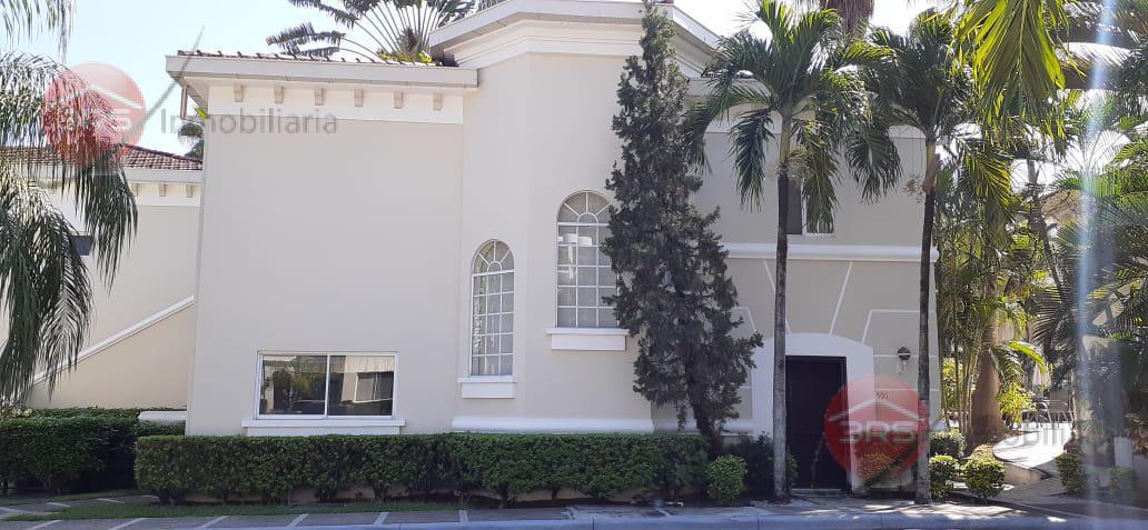 Foto Departamento en Renta en  San Pedro Sula,  San Pedro Sula  Se Renta Townhouse en Vizcaya
