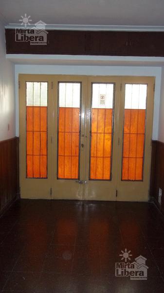 Foto Casa en Venta en  La Plata ,  G.B.A. Zona Sur  Calle 19 entre 68 y 69