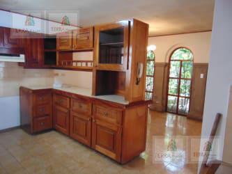 Foto Casa en Venta en  Mata Redonda,  San José  CERCA DE NUEVA TORRE UNIVERSAL LA SABANA  $ al 300