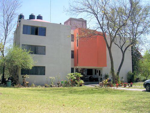 Foto Local en Venta en  Ciudad Tecozautla,  Tecozautla  Hermosa casa adaptable para hotel