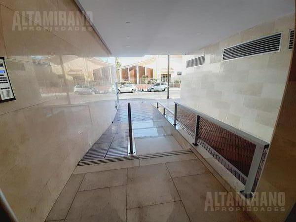 Foto Departamento en Venta en  Villa Ballester,  General San Martin  Independencia  al 5000 E/ Lavalle y Gral Paz