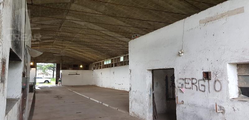Foto Local en Alquiler en  Santa Isabel,  Cordoba Capital  Deposito en Luis Orione Nº 2100