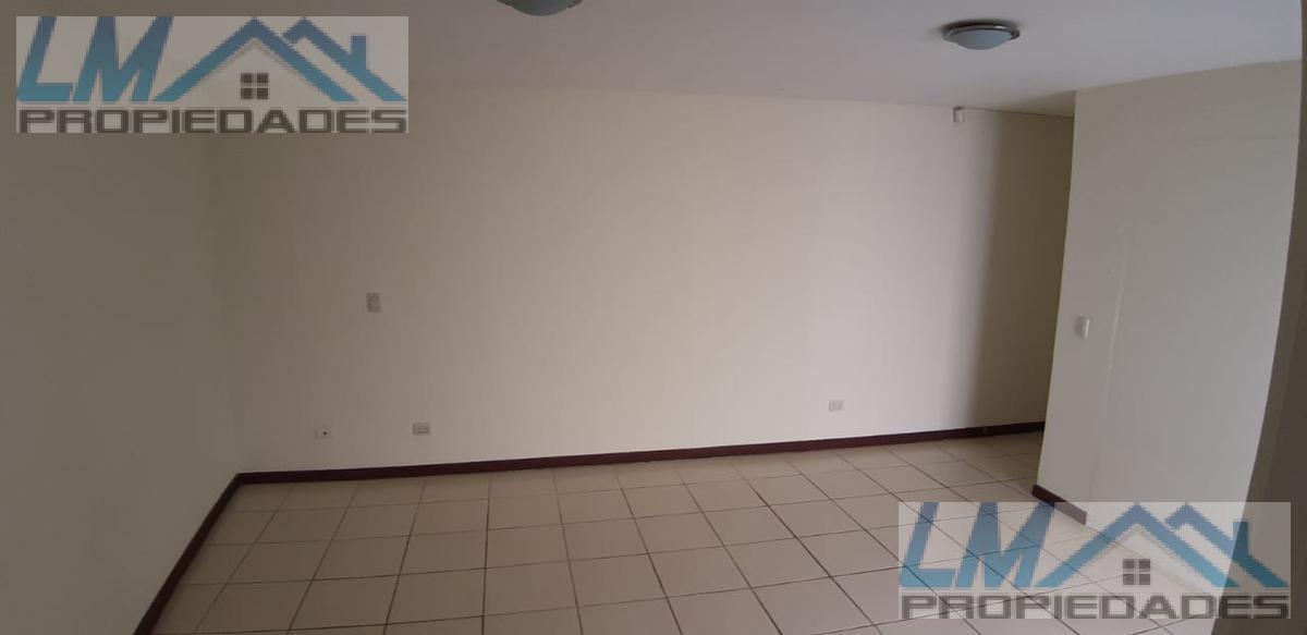 Foto Departamento en Renta en  Pozos,  Santa Ana  Pozos Santa Ana