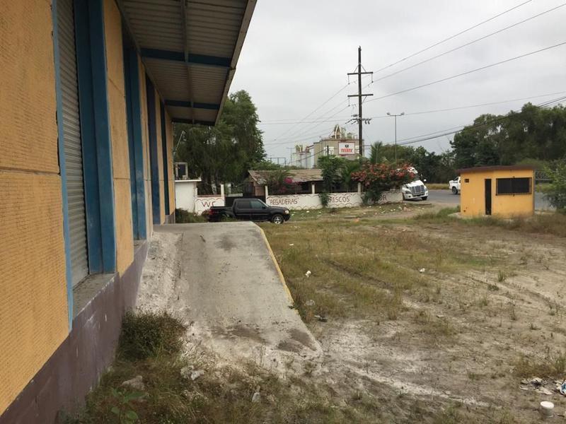 Foto Bodega Industrial en Renta en  Moralillo,  Pánuco  B-092 RENTA BODEGA de 1,680 M2. EN EL MORALILLO ESTADO DE VER.