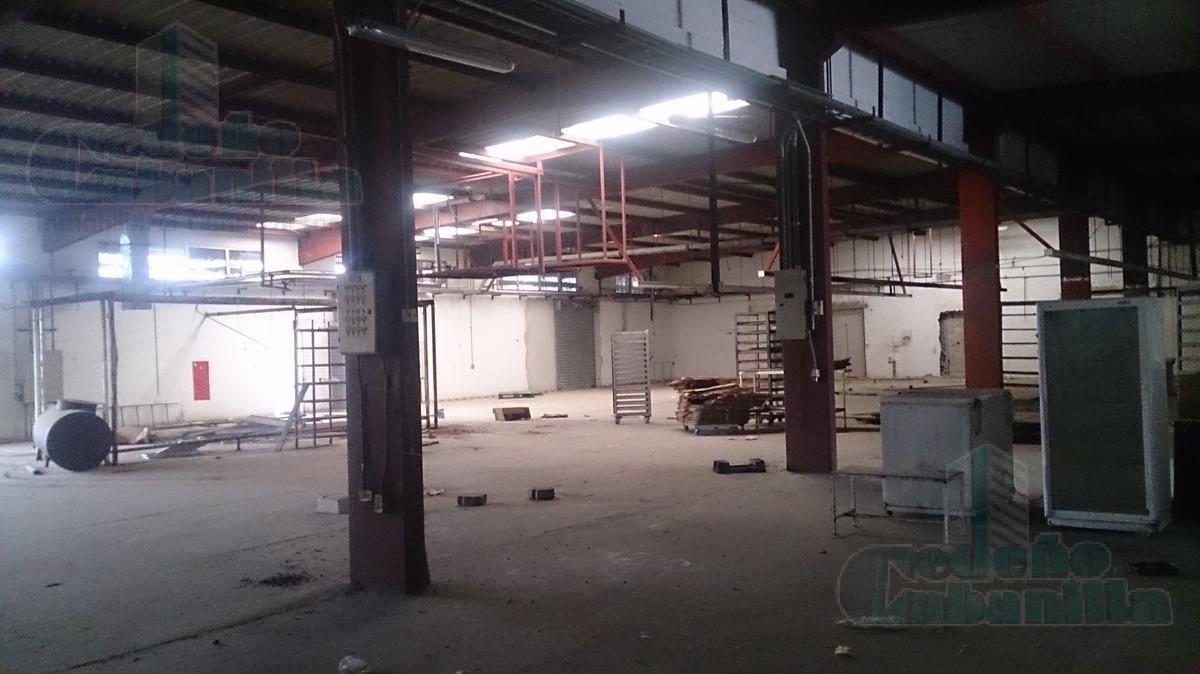 Foto Galpón en Venta en  Norte de Guayaquil,  Guayaquil  VENTA DE TERRENO ESQUINERO CON GALPONES ZONA INDUSTRIA
