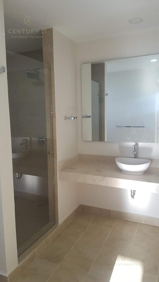 Playa del Carmen Apartment for Rent scene image 38
