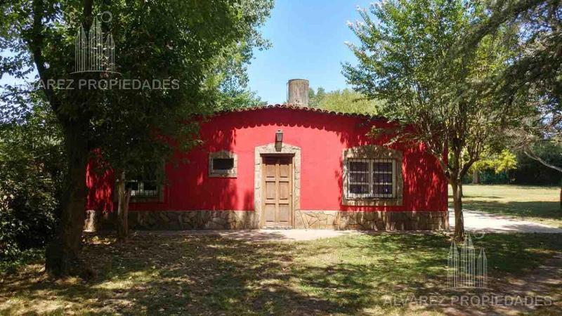 Foto Quinta en Venta en  La Reja,  Moreno  Nahuel Huapi al 4300