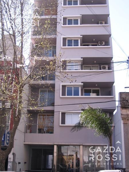 Foto Departamento en Alquiler en  Lomas De Zamora,  Lomas De Zamora  SAENZ al 100 con Cochera