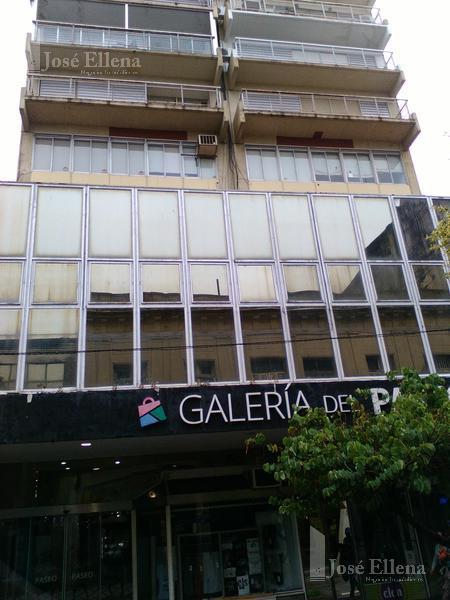Foto Local en Alquiler en  Microcentro,  Rosario  Cordoba al 900