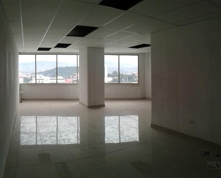 Foto Oficina en Renta en  Boulevard Suyapa,  Tegucigalpa  Local En Renta 54m2  Para Oficina Metropolis Tegucigalpa