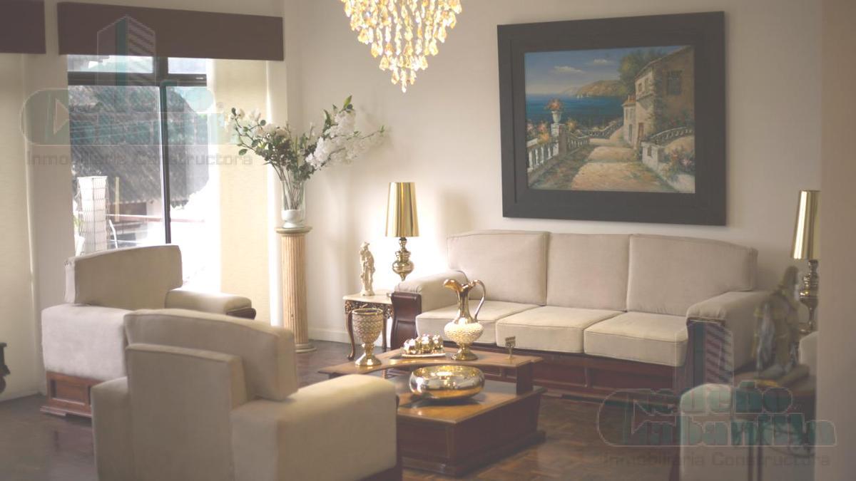 Foto Casa en Venta en  Norte de Guayaquil,  Guayaquil  SE VENDE HERMOSA VILLA EN LOMAS DE URDESA CON ESPECTACULAR VISTA