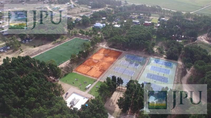 Foto Terreno en Venta en  Costa Esmeralda,  Punta Medanos  Deportiva 182