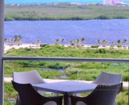 Foto Departamento en Renta | Venta en  Benito Juárez ,  Quintana Roo          Hermoso Departartamento en  Malecón en Cancún C2519