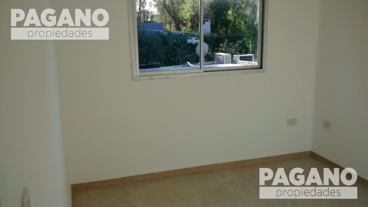 Foto Departamento en Alquiler en  La Plata ,  G.B.A. Zona Sur  7 N° 3180 e/ 96 y 97