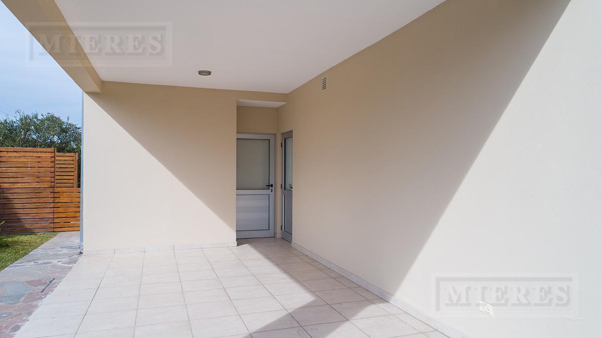 Mieres Propiedades - Casa de 240 mts en  Campo Grande
