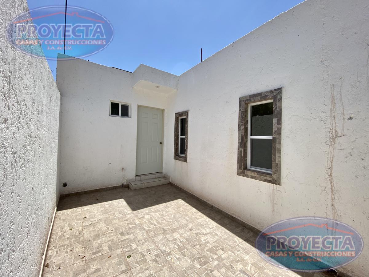 Foto Casa en Venta en  Sergio Méndez Arceo,  Durango  AMPLIA CASA DE 3 RECAMARAS ATRAS DEL SANTUARIO