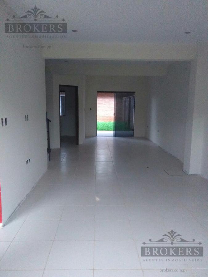 Foto Casa en Venta    en  San Lorenzo ,  Central  Vendo Duplex a Estrenar Zona Pinedo