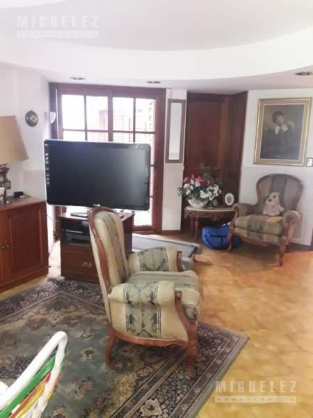 Foto Casa en Venta en  Banfield Este,  Banfield  CASA EN VENTA EN BANFIELD, VIAMONTE 1757, BANFIELD