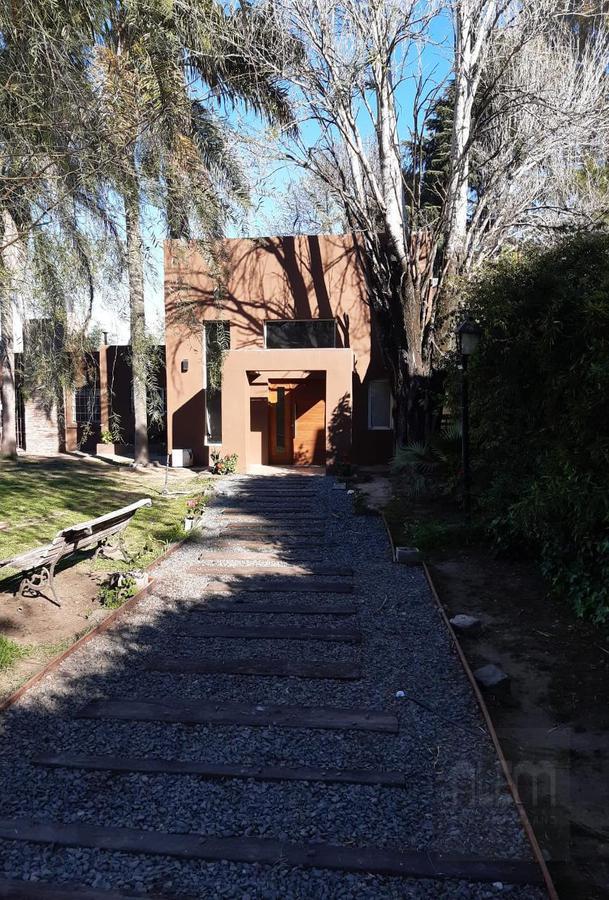 Foto Quinta en Alquiler temporario en  La Unión,  La Union  Murature  al 100