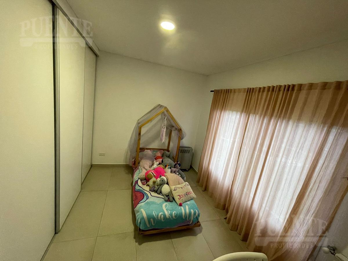 Foto Casa en Venta   Alquiler   Alquiler temporario en  Los Talas ,  Canning (Ezeiza)  Los Talas - Minimalista