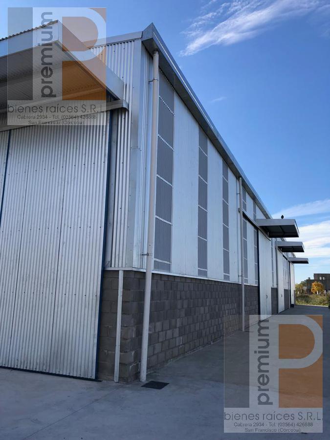 Foto Galpón en Venta en  Parque Industrial,  San Francisco  V. Pagliano (Entre Venier y M. Carrá)