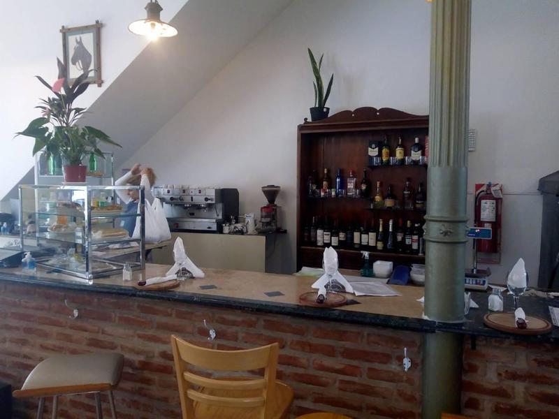 Foto Fondo de Comercio en Venta en  La Plata,  La Plata  46 E/ 5 Y 6 BAR, CAFET. Y REST., FDO. COM.