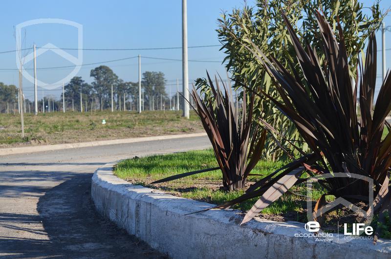 Foto Terreno en Venta en  Alvear,  Rosario  EcoPueblo Alvear