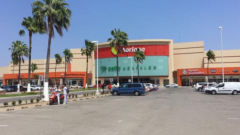 Foto Local en Renta |  en  Pueblo de Llano Largo,  Acapulco de Juárez  Renta Sub-Ancla Externa