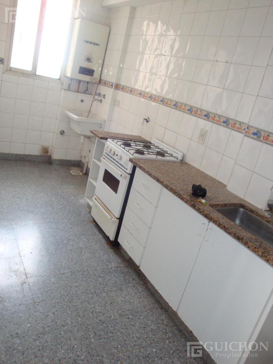 Foto Departamento en Alquiler en  La Plata ,  G.B.A. Zona Sur  54n906