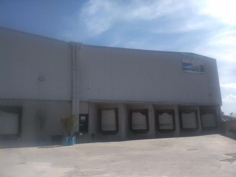 Foto Bodega Industrial en Renta en  San Pedro Barrientos,  Tlalnepantla de Baz  Industrial Barrientos Tlalnepantla Bodega En Renta