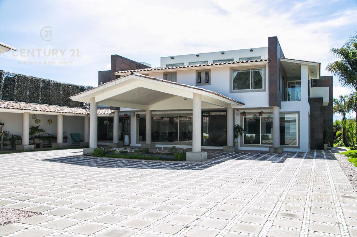 Foto Casa en Venta en  Llano Grande,  Metepec  HERMOSA RESIDENCIA  EN VENTA UBICADA EN COL. LLANO GRANDE, METEPEC.