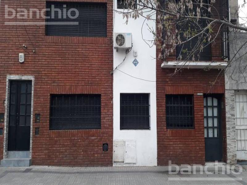 VELEZ SARSFIELD al 1000, Rosario, Santa Fe. Alquiler de Casas - Banchio Propiedades. Inmobiliaria en Rosario