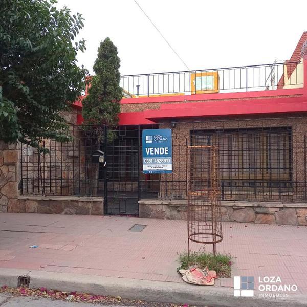 Foto Casa en Venta en  General Pueyrredon,  Cordoba  Mejico 834
