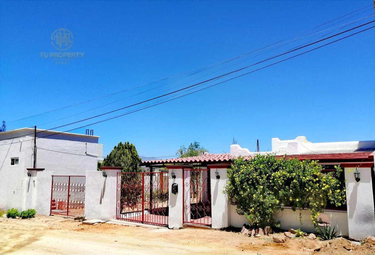 Foto Casa en Venta en  Cabo San Lucas Centro,  Los Cabos  CALLE SALVATIERRA LOTE 9, MZA 134, CASA YOLANDA