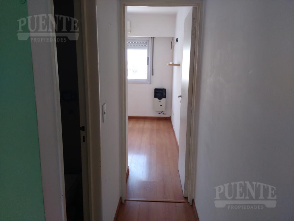 Foto Departamento en Venta | Alquiler en  Lomas De Zamora,  Lomas De Zamora  Sarmiento 170 9º A