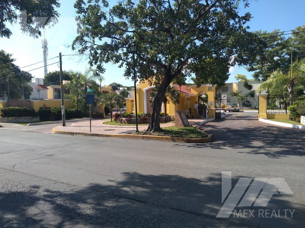 Foto Casa en Renta en  Cancún,  Benito Juárez  RENTA AMUEBLADA, VILLAS TOSCANA, AV. NICHUPTE FRENTE AL PARQUE KABAH  $21,000 PESOS