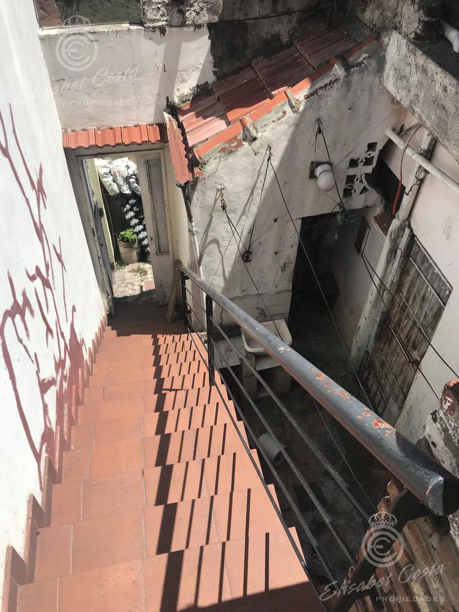 Foto PH en Venta en  Lanús ,  G.B.A. Zona Sur  Manuel A. Pedraza al 1400