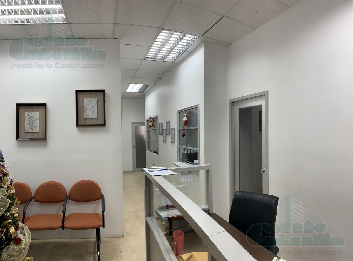 Foto Oficina en Alquiler en  Guayaquil ,  Guayas  ALQUILER DE OFICINA BIEN DISTRIBUIDA EXCELENTE UBICACIÓN KENNEDY NORTE