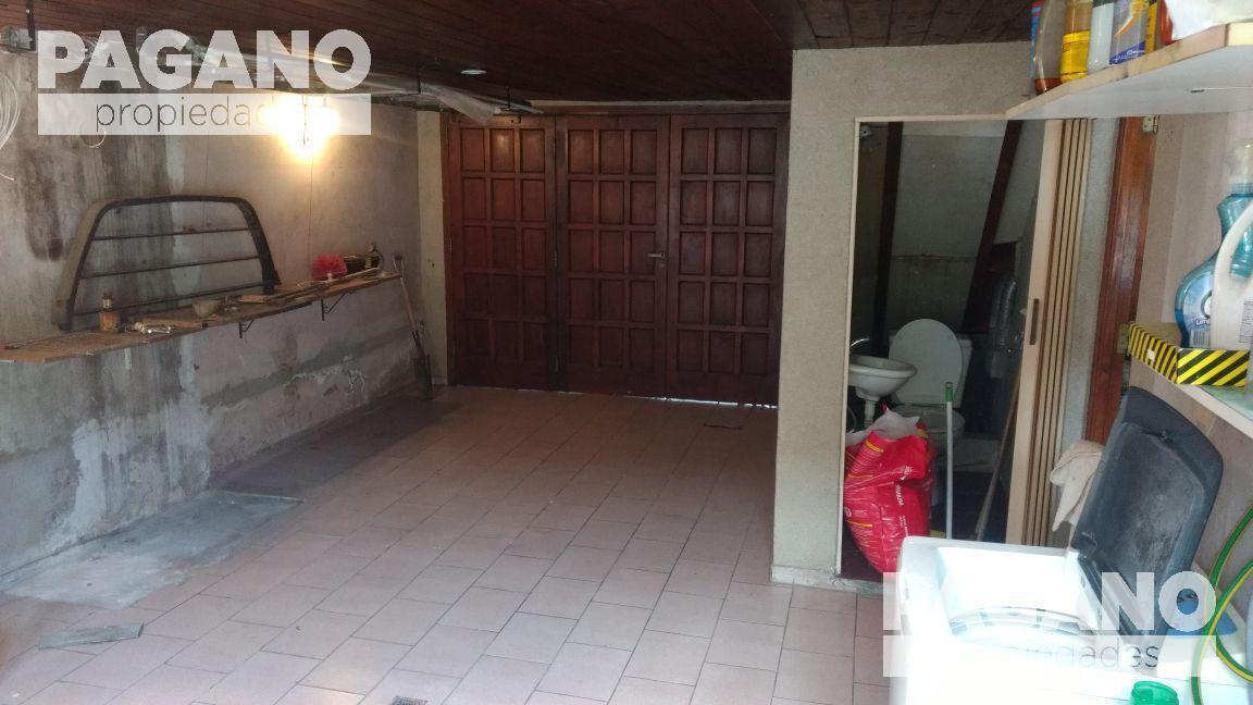 Foto Casa en Venta en  La Plata ,  G.B.A. Zona Sur      33  e  30 y 31    n° 1789