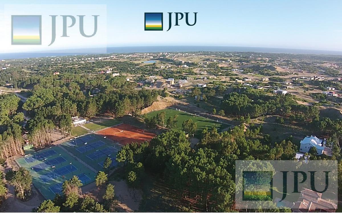 Foto Terreno en Venta en  Costa Esmeralda,  Punta Medanos  Deportiva 366