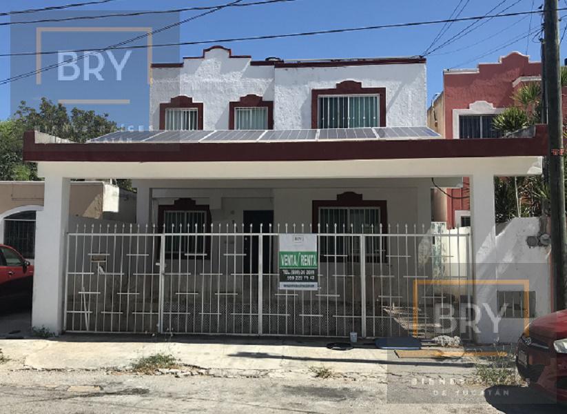 Foto Casa en Venta en  Chuburna de Hidalgo,  Mérida    En venta o en renta casa con 3 recámaras, 2.5 baños, piscina y paneles solares en El Prado Chuburná