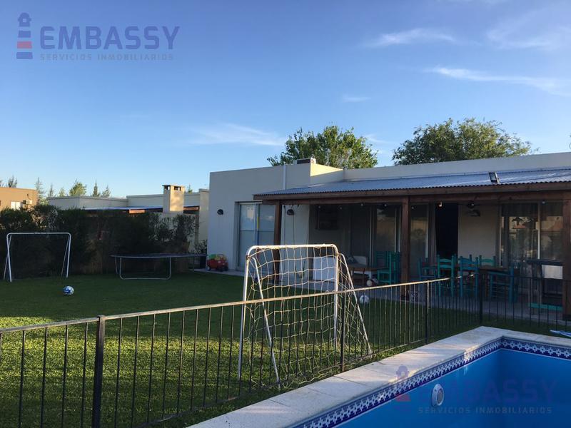 Foto Casa en Venta en  La Comarca,  Countries/B.Cerrado  La comarca
