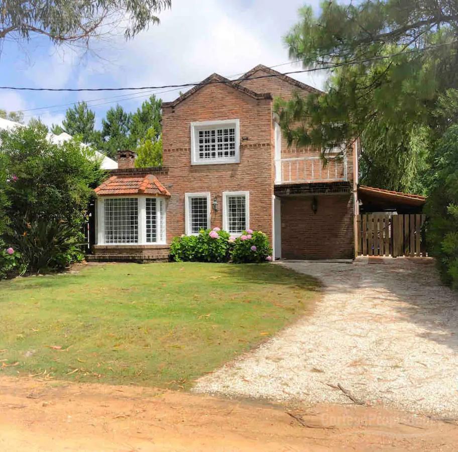 Foto Casa en Venta en  Punta del Este ,  Maldonado  La Barra - Punta del Este