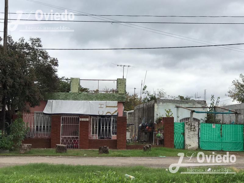 Foto Casa en Venta en  B.Loma Grande,  Parque San Martin  Granadero
