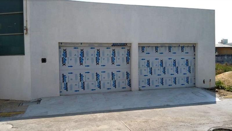 Foto Casa en Venta en  Fraccionamiento Paraíso Coatzacoalcos,  Coatzacoalcos  Casa en Venta, José María Velasco, Fracc. Paraíso