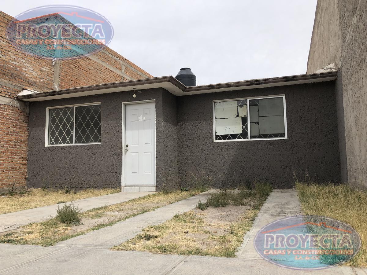 Foto Casa en Venta en  Fraccionamiento Nuevo Durango,  Durango  CASA BARATA CON COCINA INTEGRAL CERCA MAQUILA CARHARTT, FRAC. NUEV DURANGO II