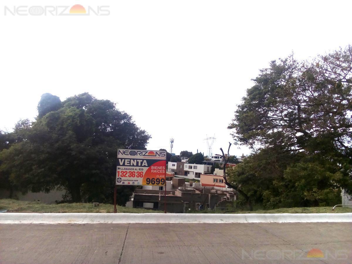 Foto Terreno en Venta en  Fraccionamiento Hacienda del Rul,  Tampico          Terreno en Venta en  Fracc. Haciendas del Rull, Tampico Tamps