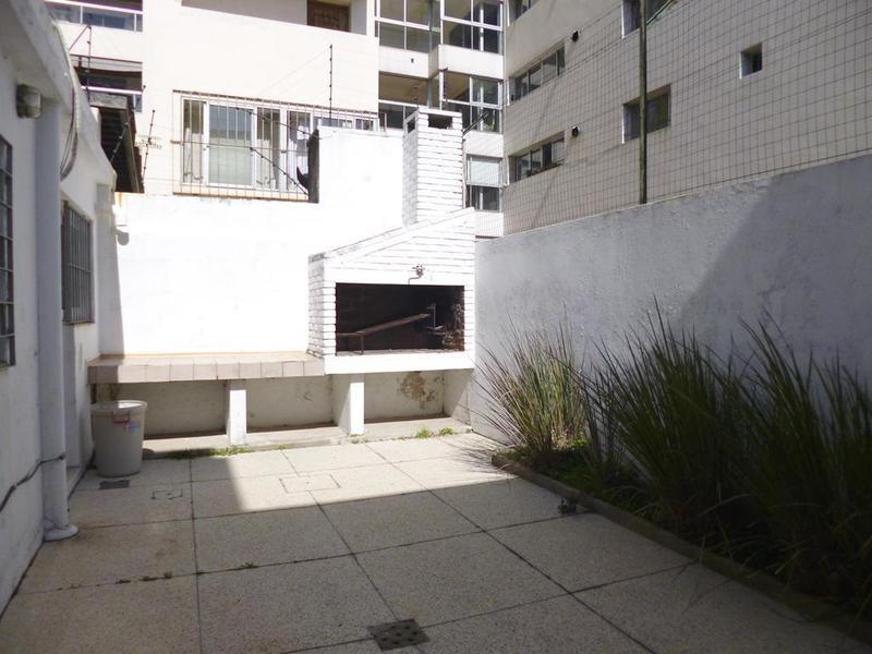 Foto Oficina en Alquiler en  Puerto Buceo ,  Montevideo  PIAGGIO, NICOLAS N. 1100