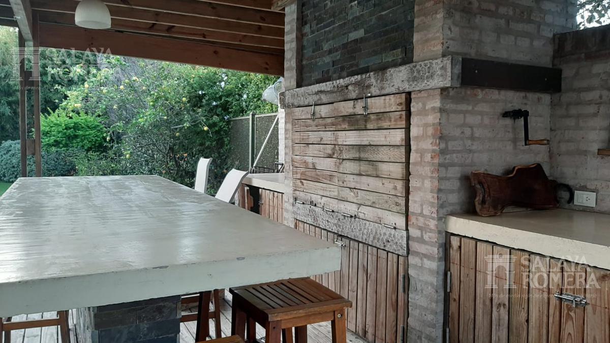 Foto Casa en Venta en  Boating Club,  Countries/B.Cerrado (San Isidro)  Uriburu al 1000